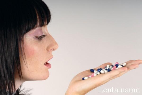 mujer-pastillas
