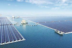 Самая большая в мире плавучая солнечная электростанция создана в Китае