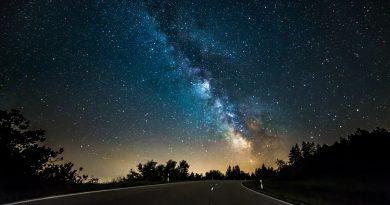 Эта звезда покидает Млечный путь со скоростью 1700 км в секунду