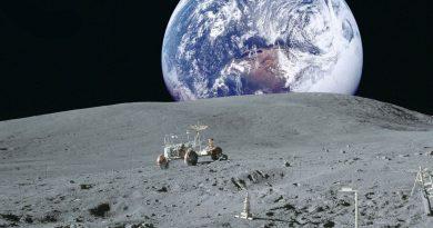 Nasa представило прототип нового скафандра, который смогут носить следующие астронавты на Луне.