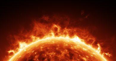 Солнце покрыто миниатюрными «кострами»
